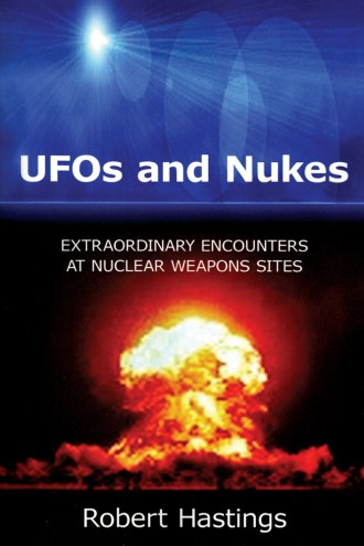 O livro do entrevistado, UFOs and Nukes, publicado no final de 2008 nos Estados Unidos